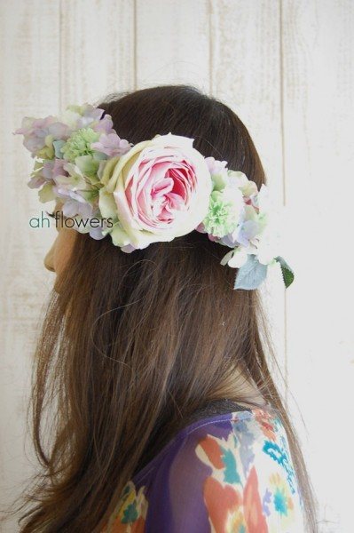 クールビューティーな花冠 ボリューム・アクセントをつけた素敵な花冠
